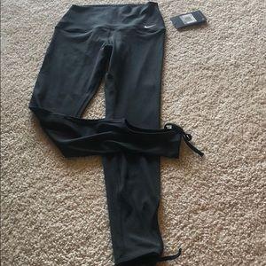 Nike Pants - Nike yoga pants